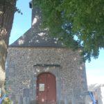Parvis de l'Eglise de Baives